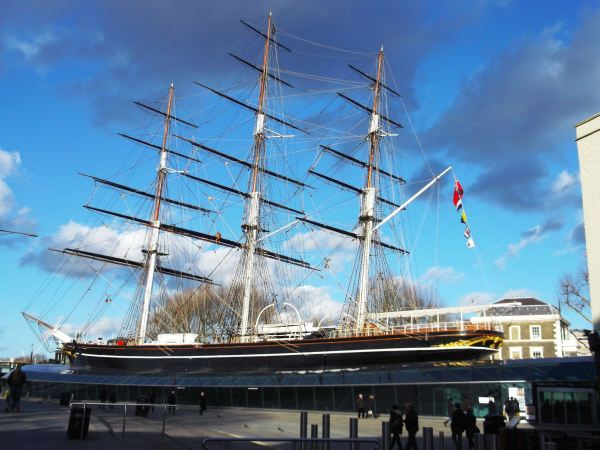 and this is the cutty sark sailing ship unfortually it had a fire but its beeing done up now