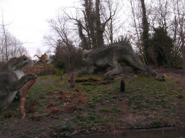 and heres annother view of the dinosaure gang of crystall palace dynnargh falite croeso