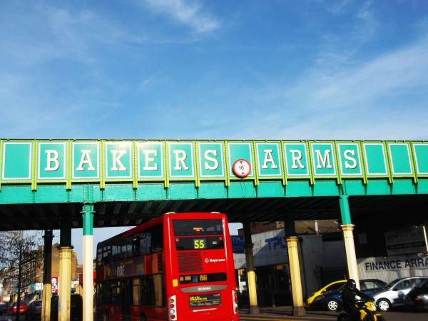 this is the bakers arms as i take a finall return to leytomn e10 from early this year when i did lower leyton and before i start just to thank miss libby for the easter decs and i cant reaplie to any emails as it broken down