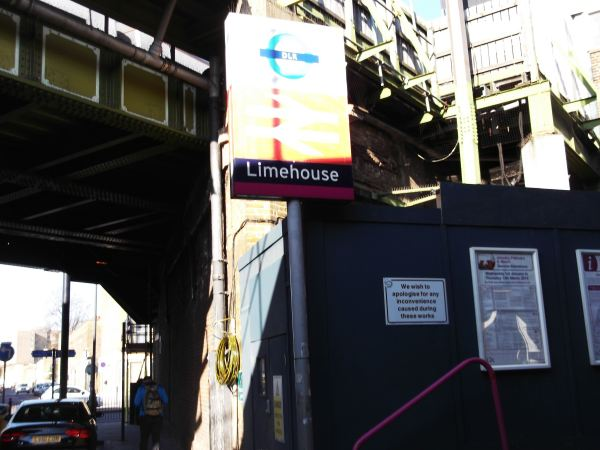 this is the lime house link tunnel enterance get in lane now you boys dynnargh welclome falite croeso end of part one