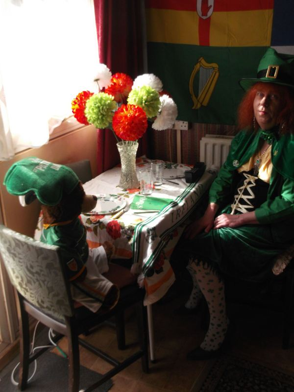 the return to wood green n22 for stpatricks day dynnargh welclome falite croeso